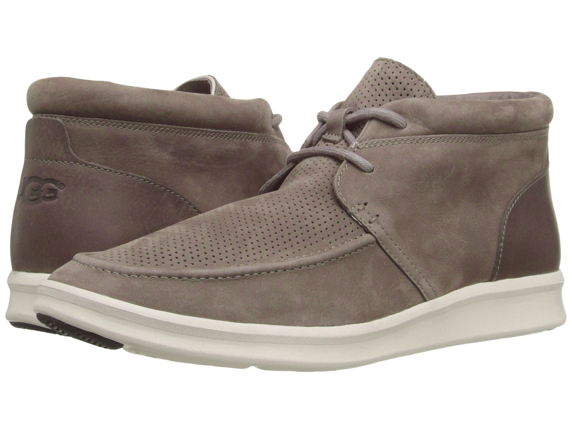 UGG  Hulman Perforated Shoe  Men's 70115