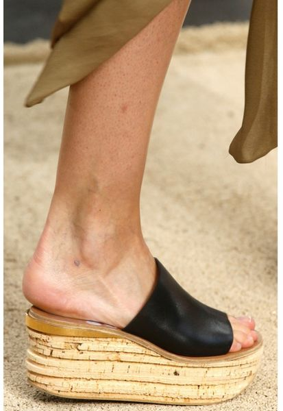 Chloé Camille Leather Cork Wedge Mules in Black   Lyst