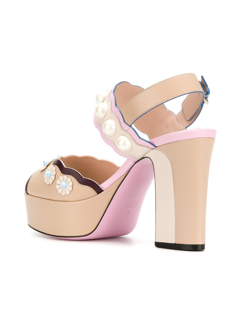 Fendi Scalloped open toe sandals EWoZX6r