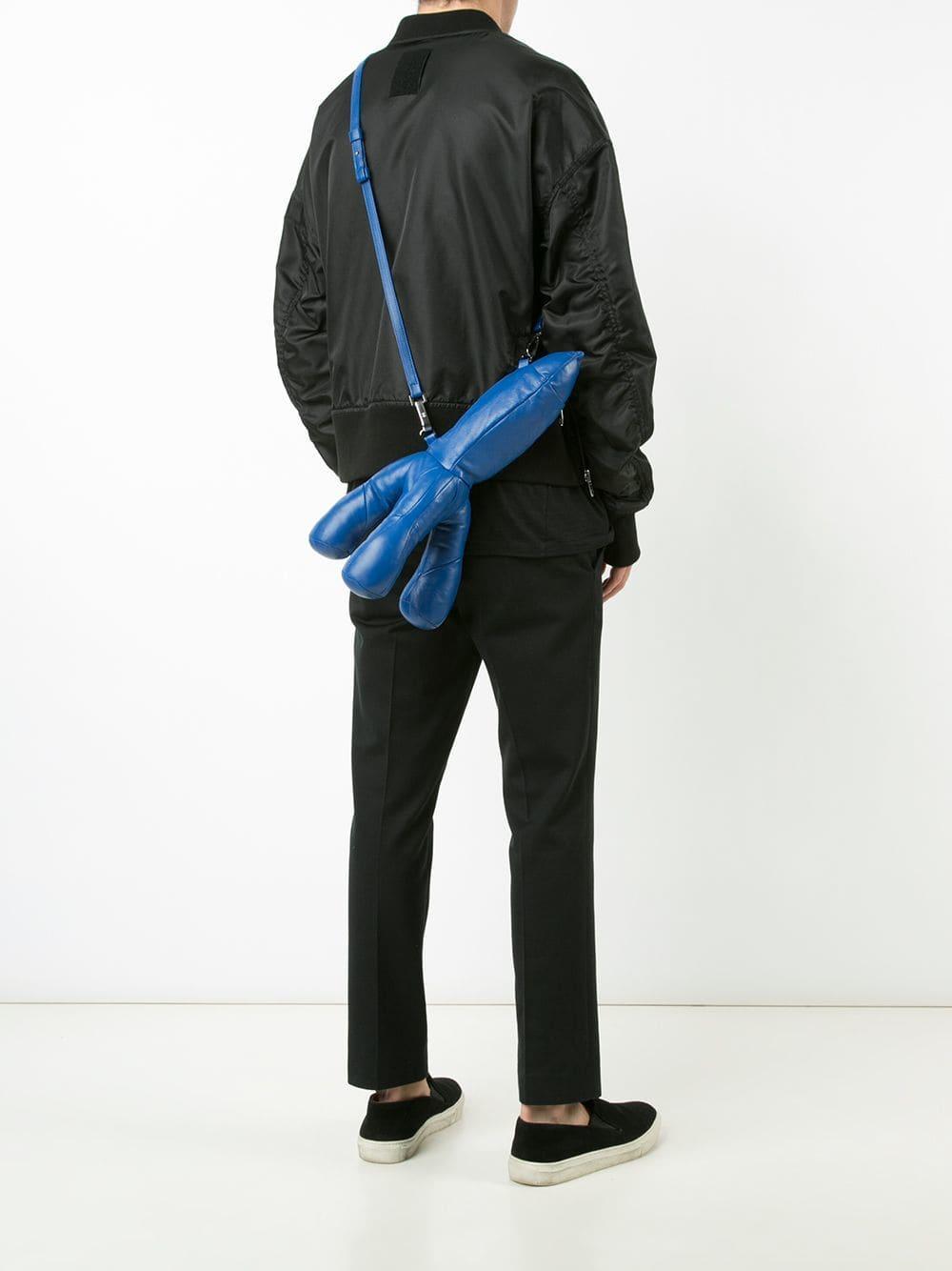 ad394b390dc9 Lyst - Клатч В Форме Ракеты Christopher Raeburn, цвет: Синий