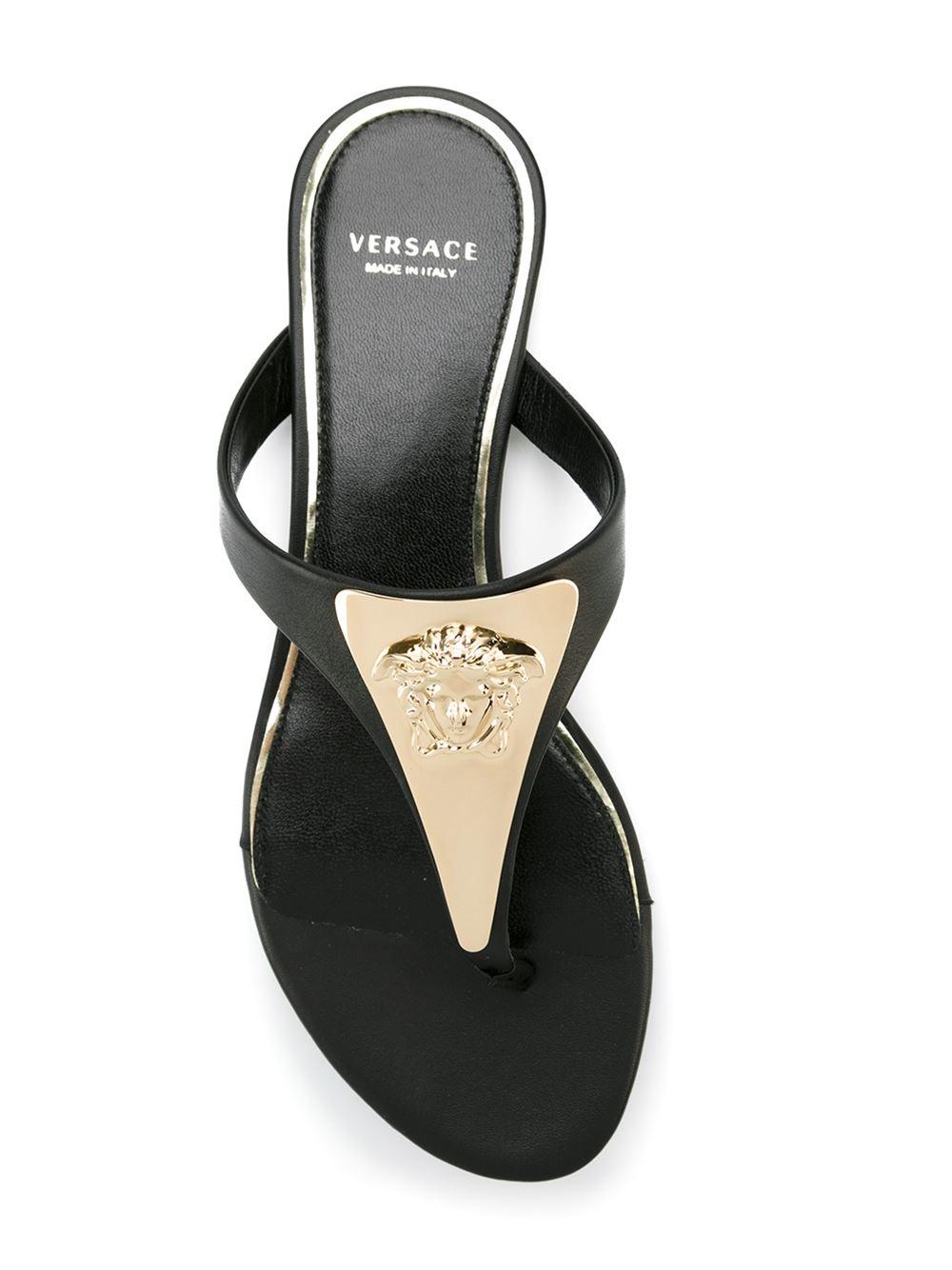 6680ab09b656c Lyst - Versace  medusa Palazzo  Thong Sandals in Black