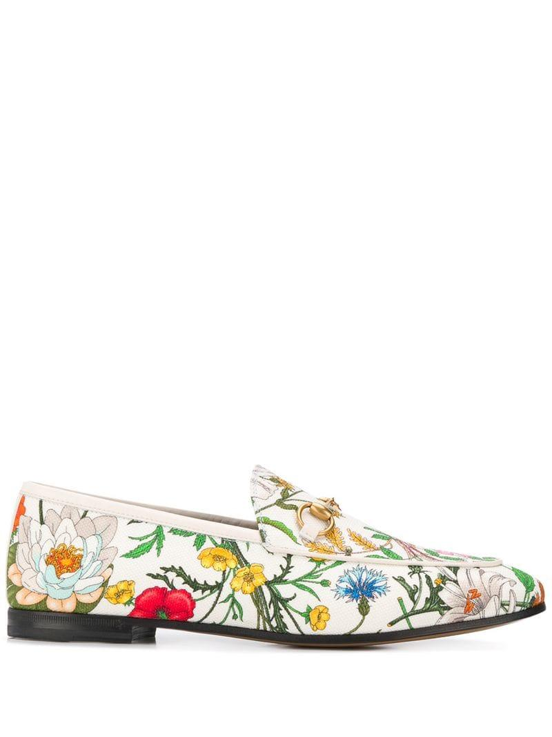 6c3072489 Gucci Jordaan Flora Print Loafers in White - Lyst