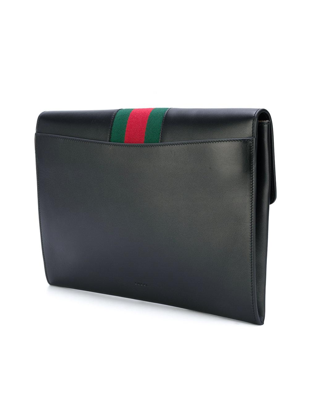 1e2be4a598f Gallery. Previously sold at  Farfetch · Women s Metallic Clutch Bags