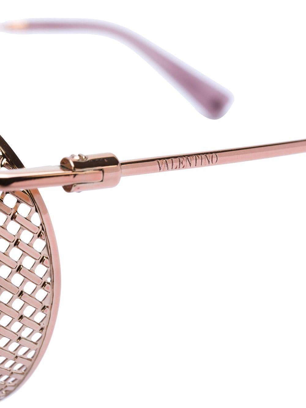 5c4336ae31 Valentino Eyewear - Pink Round Winged Sunglasses - Lyst. View fullscreen