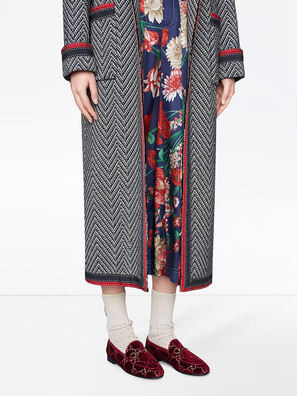 cf519ddaecf Lyst - Gucci Jordaan Logo Jacquard Velvet Loafers in Red - Save 9%