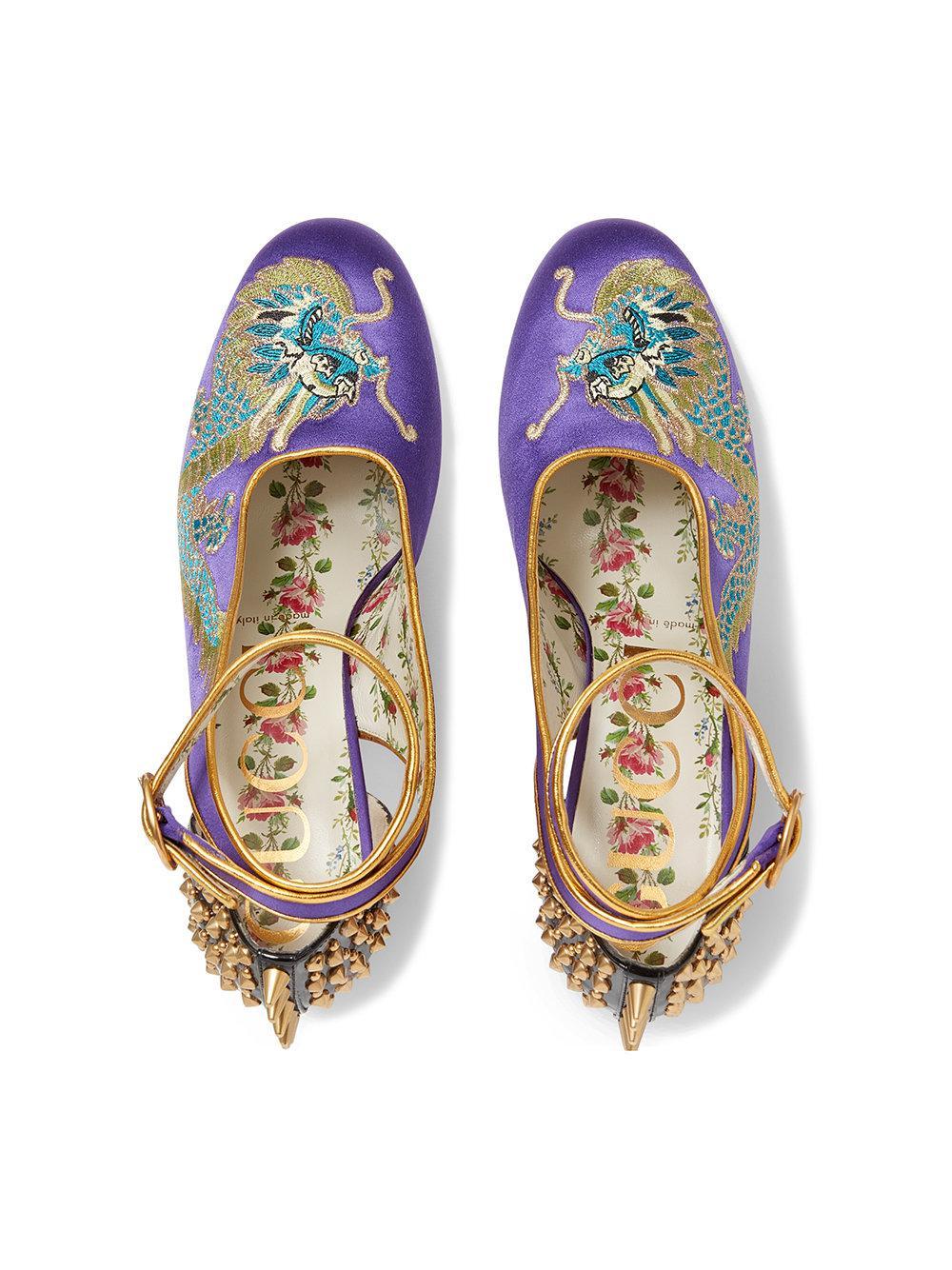 58b9918ba9e Lyst - Gucci Dragon Satin Mid-heel Pump