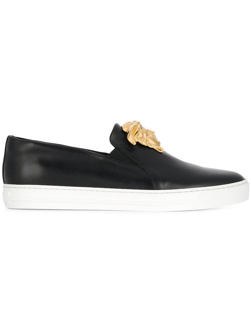 225093b77f2 Versace Medusa Head Skate Shoes in Black for Men - Lyst