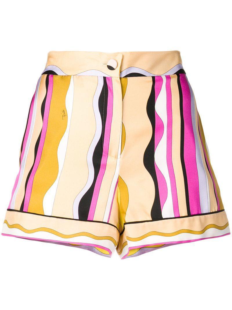 bcb2e0d9e5e3 Lyst - Emilio Pucci Printed Shorts in Pink