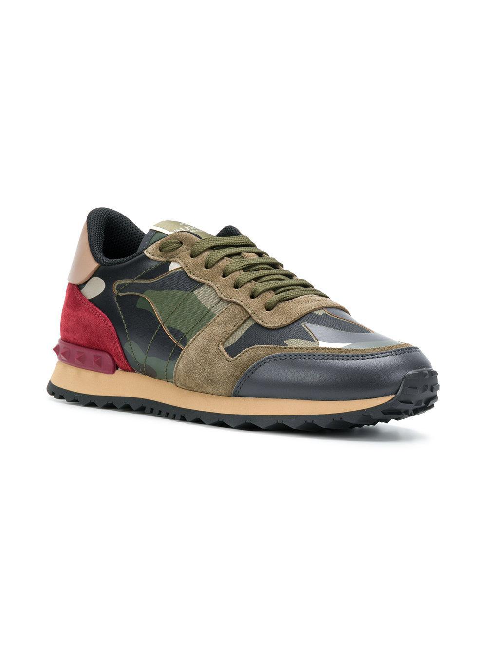a85fca6aee96 Lyst - Valentino Garavani Rockrunner Sneakers in Green