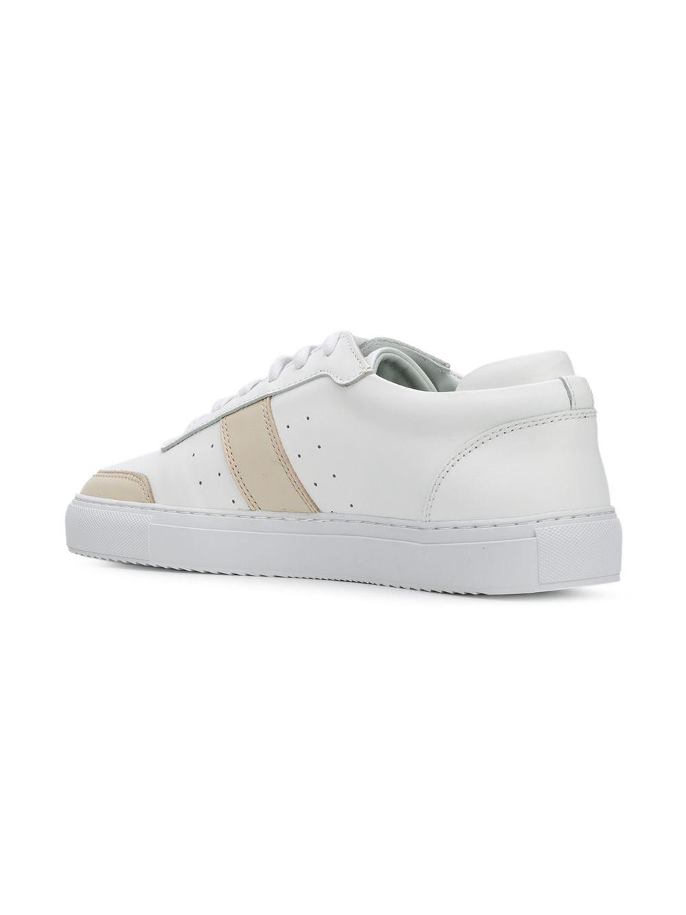 huge discount 1d3a9 4b17d axel-arigato-White-Low-top-Sneakers.jpeg