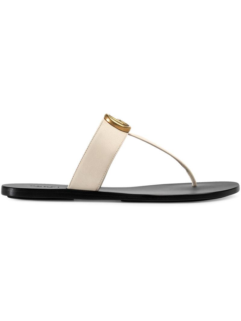 6f03683c9e56eb Gucci Leather Thong Sandal With Double G in White - Lyst