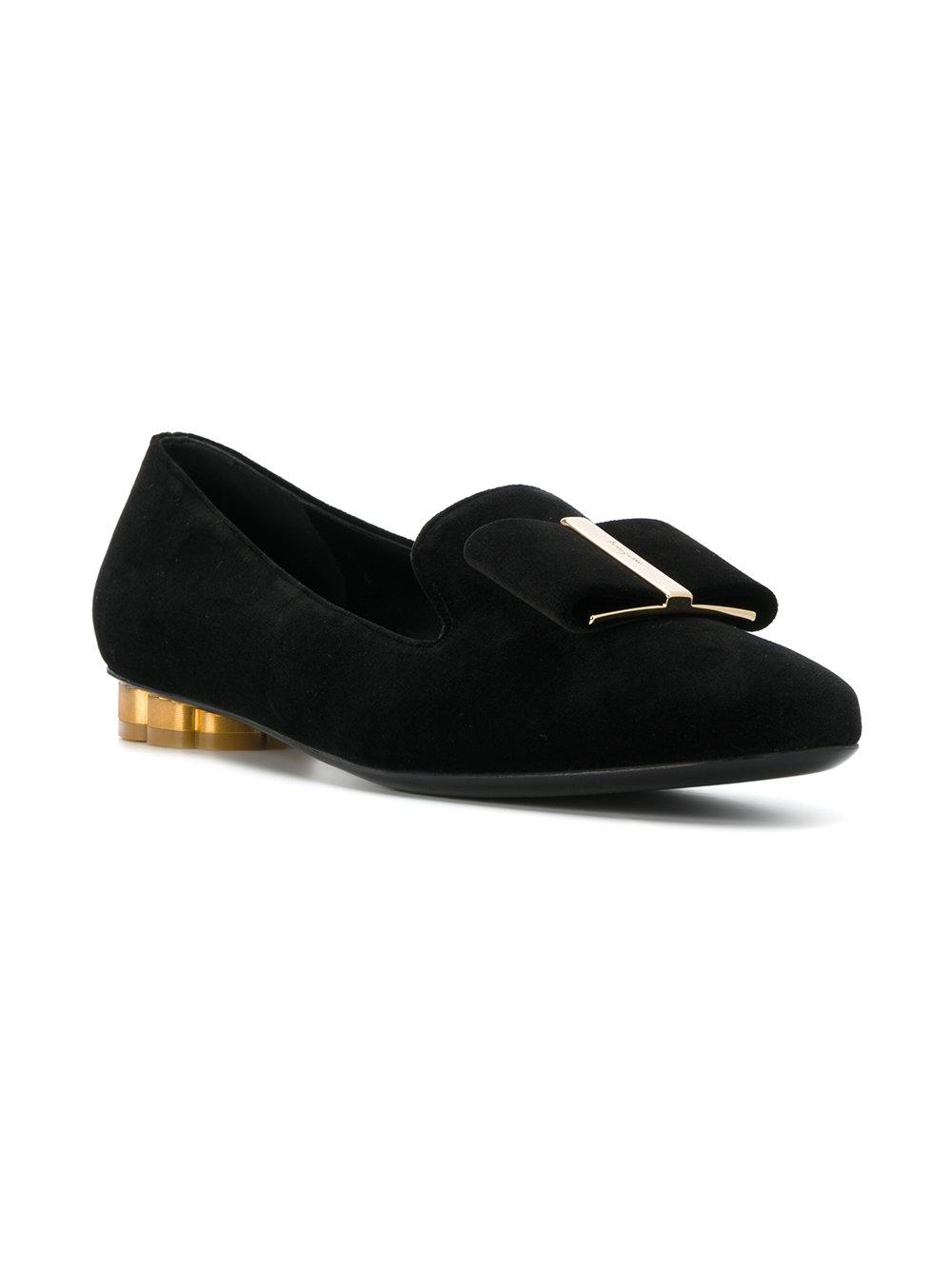 56ac33d0a8b5 Lyst - Ferragamo Flower Heel Smoking Shoes in Black - Save 14%