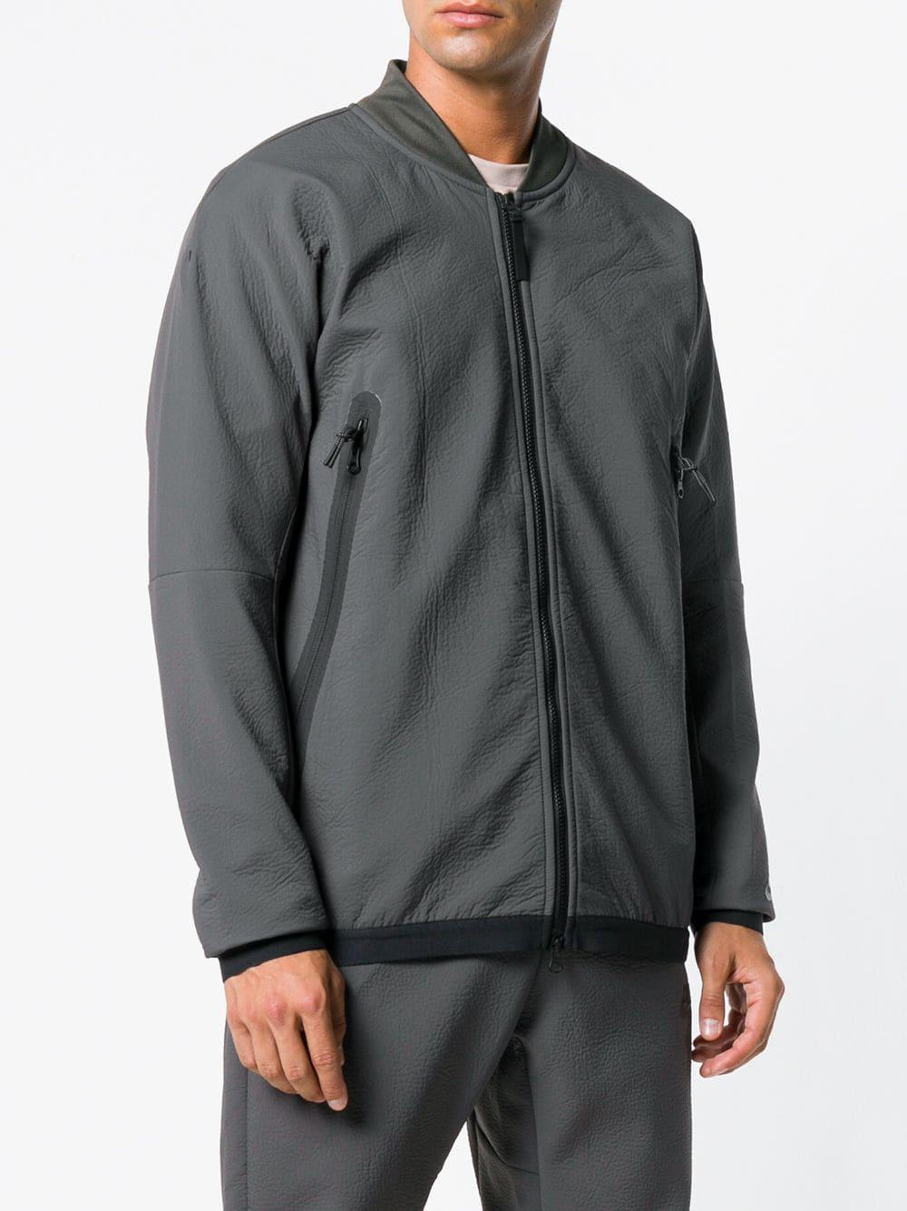 34db523edec6 Lyst - Nike Lightweight Sports Jacket in Green for Men