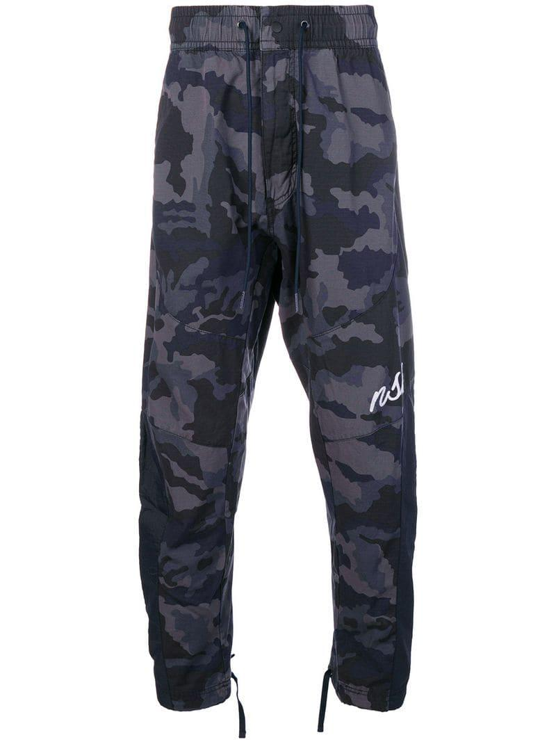 e48c56b4248a5 Lyst - Pantalones de chándal con motivo militar Nike de hombre de ...