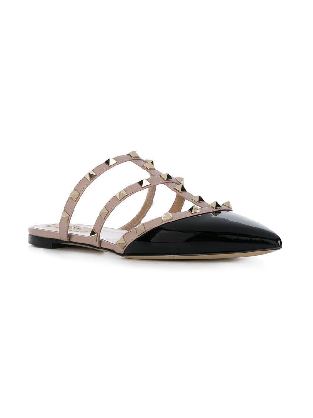 5967395080b8 Lyst - Valentino Garavani Rockstud Slippers in Black