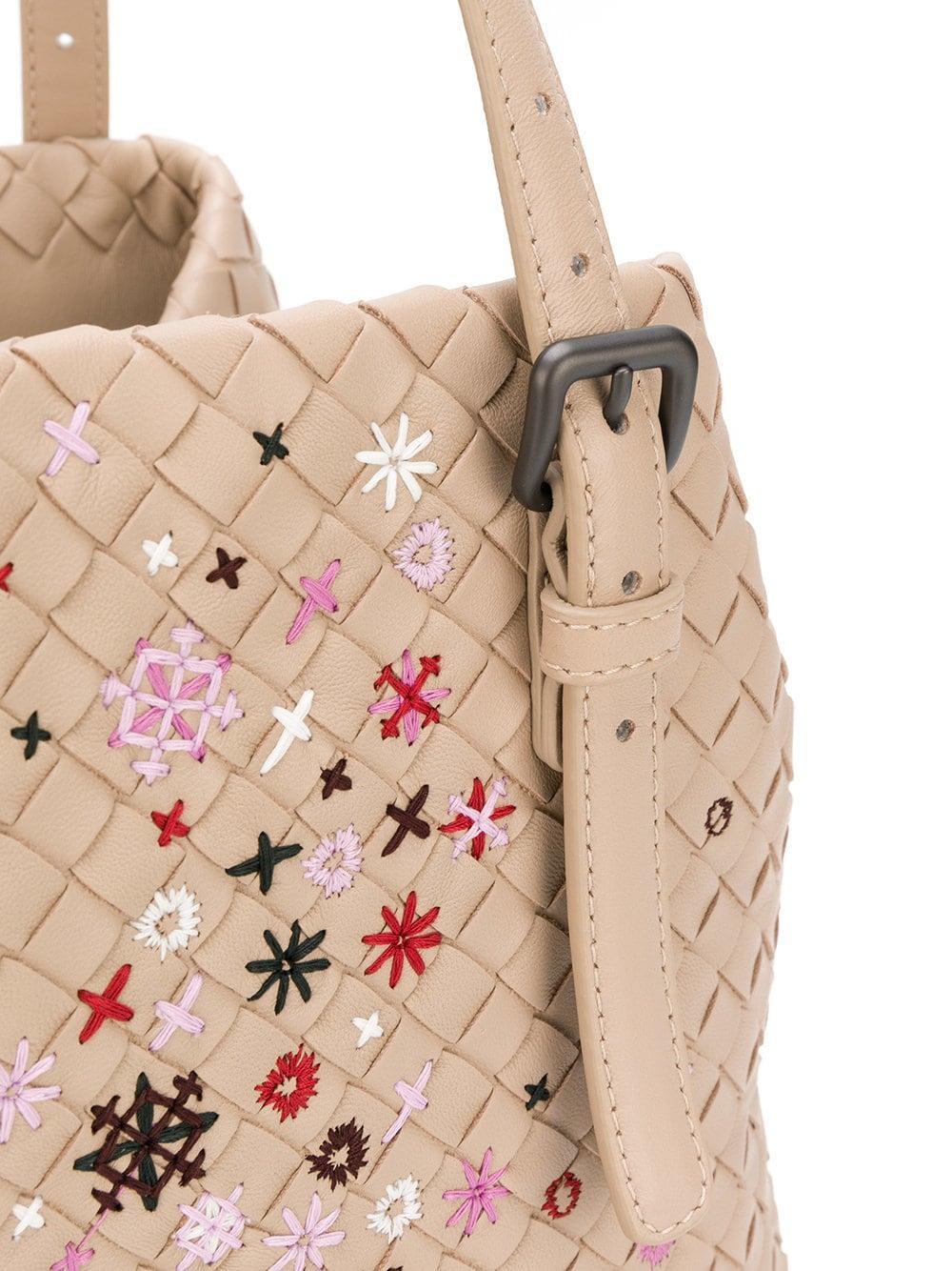 f14b53e7a71c Bottega Veneta - Multicolor Mink Intrecciato Meadow Flower Small Cesta Bag  - Lyst. View fullscreen
