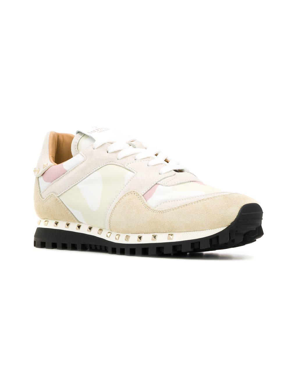 7220a36ea3962 Valentino Garavan Soul Rockstud Sneakers in White - Lyst