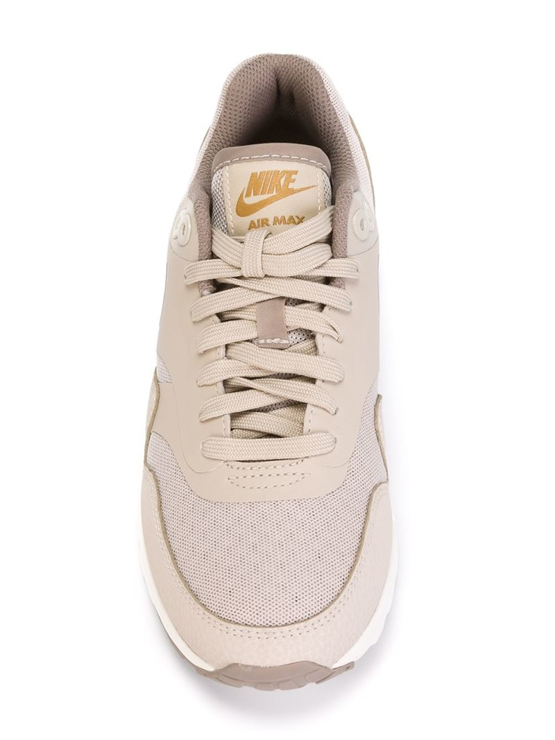 the best attitude 46f70 9137c Gallery. Previously sold at  Farfetch · Women s Nike Air Max Women s Nike  Air Max 1