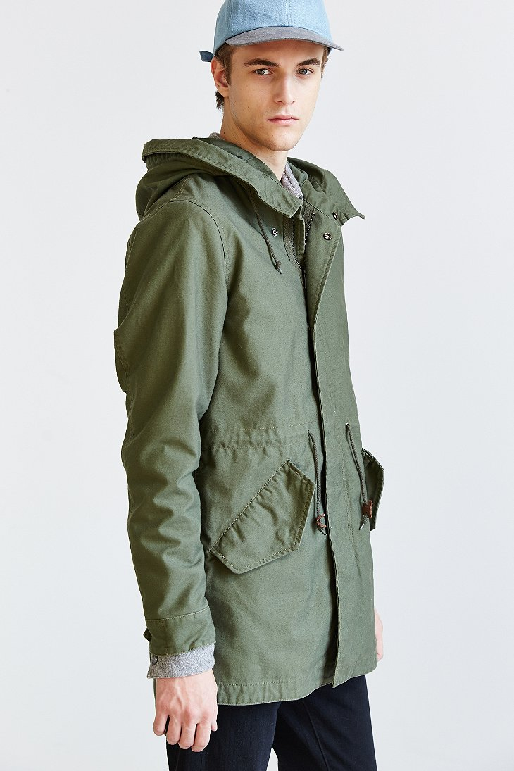 Alpha industries X Uo Long Fishtail Parka in Green for Men | Lyst