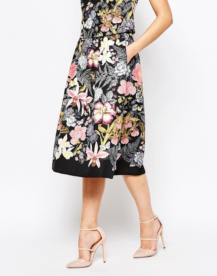 Oasis Botanical Placement Midi Skirt in Black