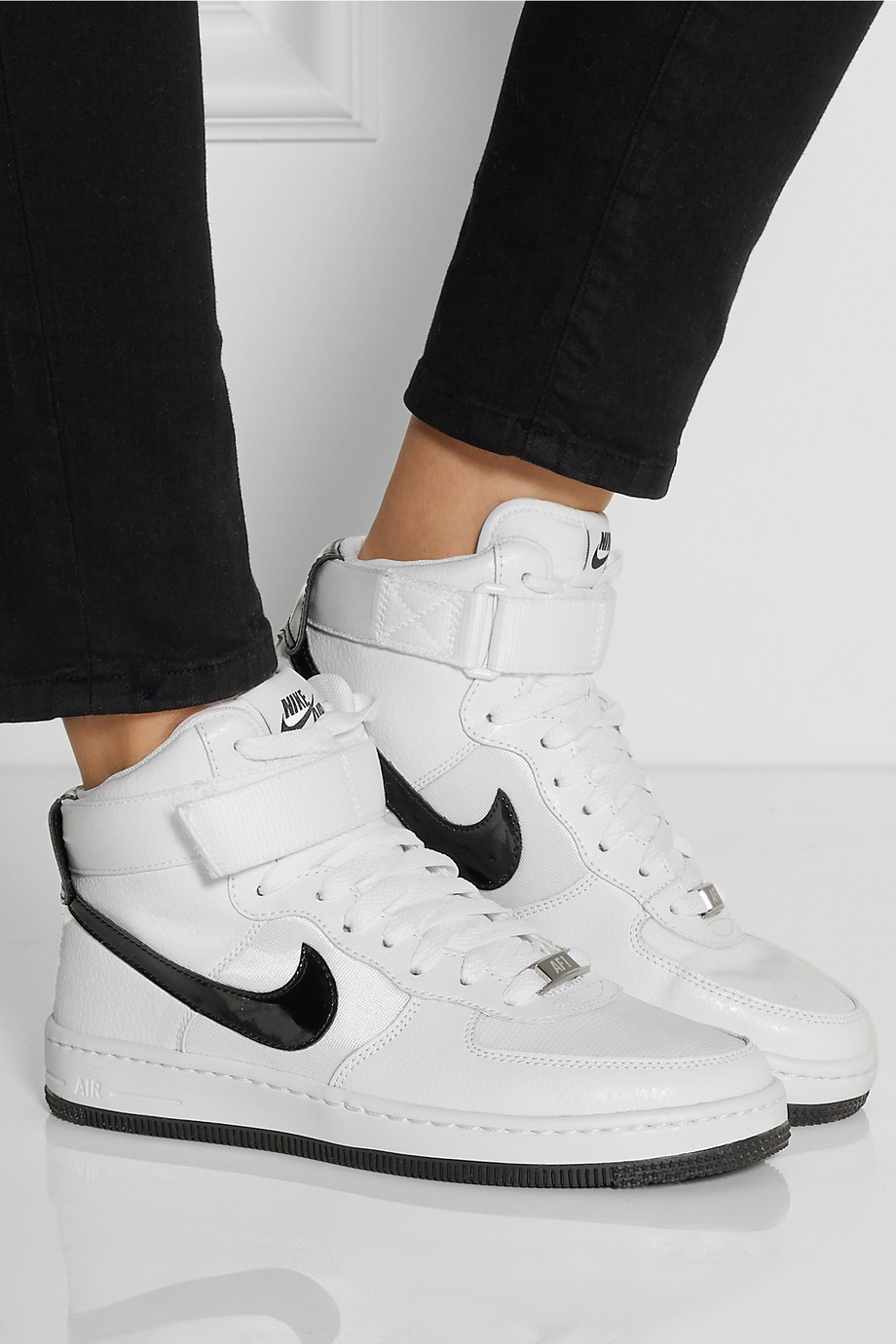 Code 1 Promo Nike Air Ultra Leather Force Cutout Sneakers CexBoWdr
