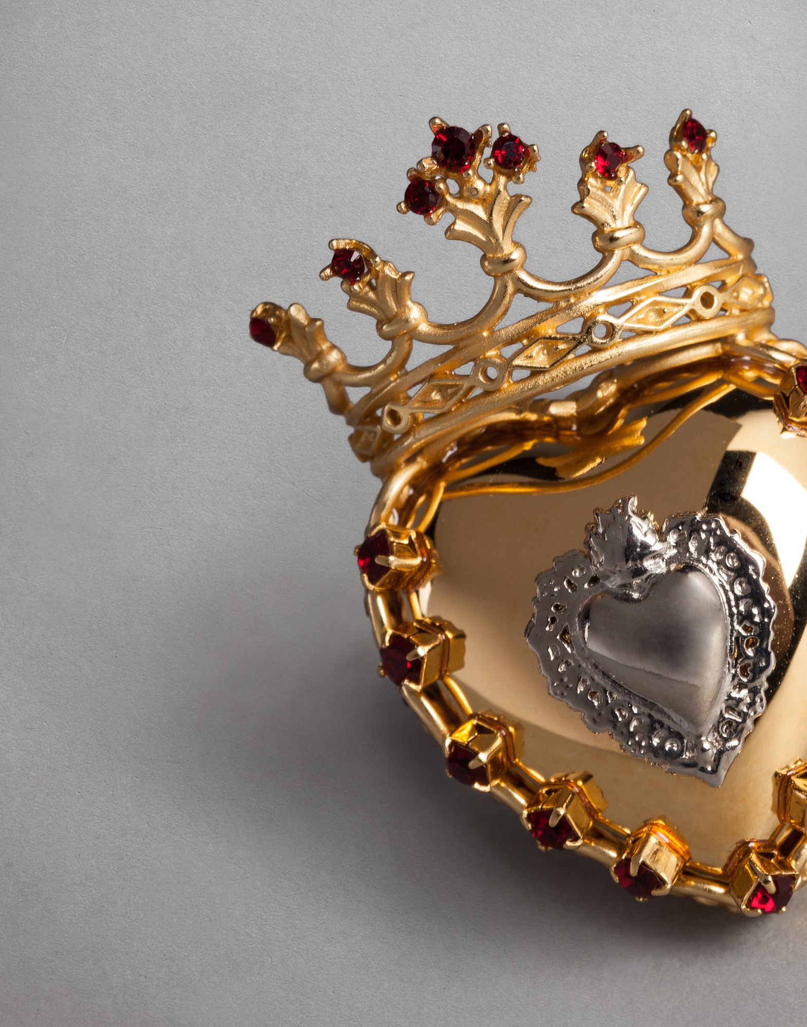 Lyst Dolce Amp Gabbana Sacred Heart Ring In Metallic