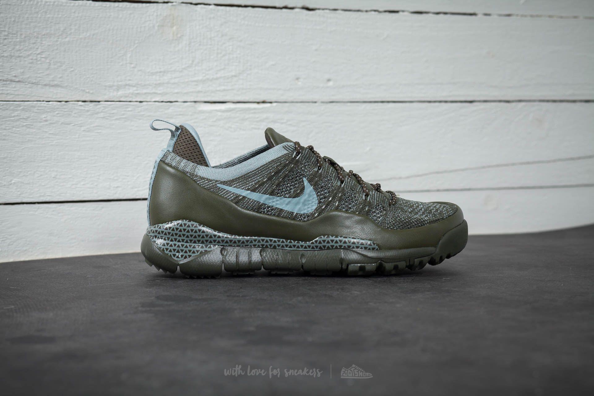 8e05085cff05 Lyst - Nike Lupinek Flyknit Low Cargo Khaki  Mica Green in Green for Men