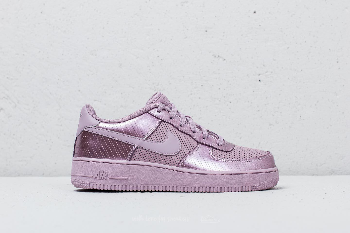 731ffb079a83b Gallery. Previously sold at  Footshop · Women s Nike Air Force ...