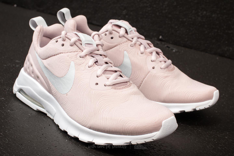 e5f4a1860645 Lyst - Nike Wmns Air Max Motion Lw Se Particle Rose  Pure Platinum