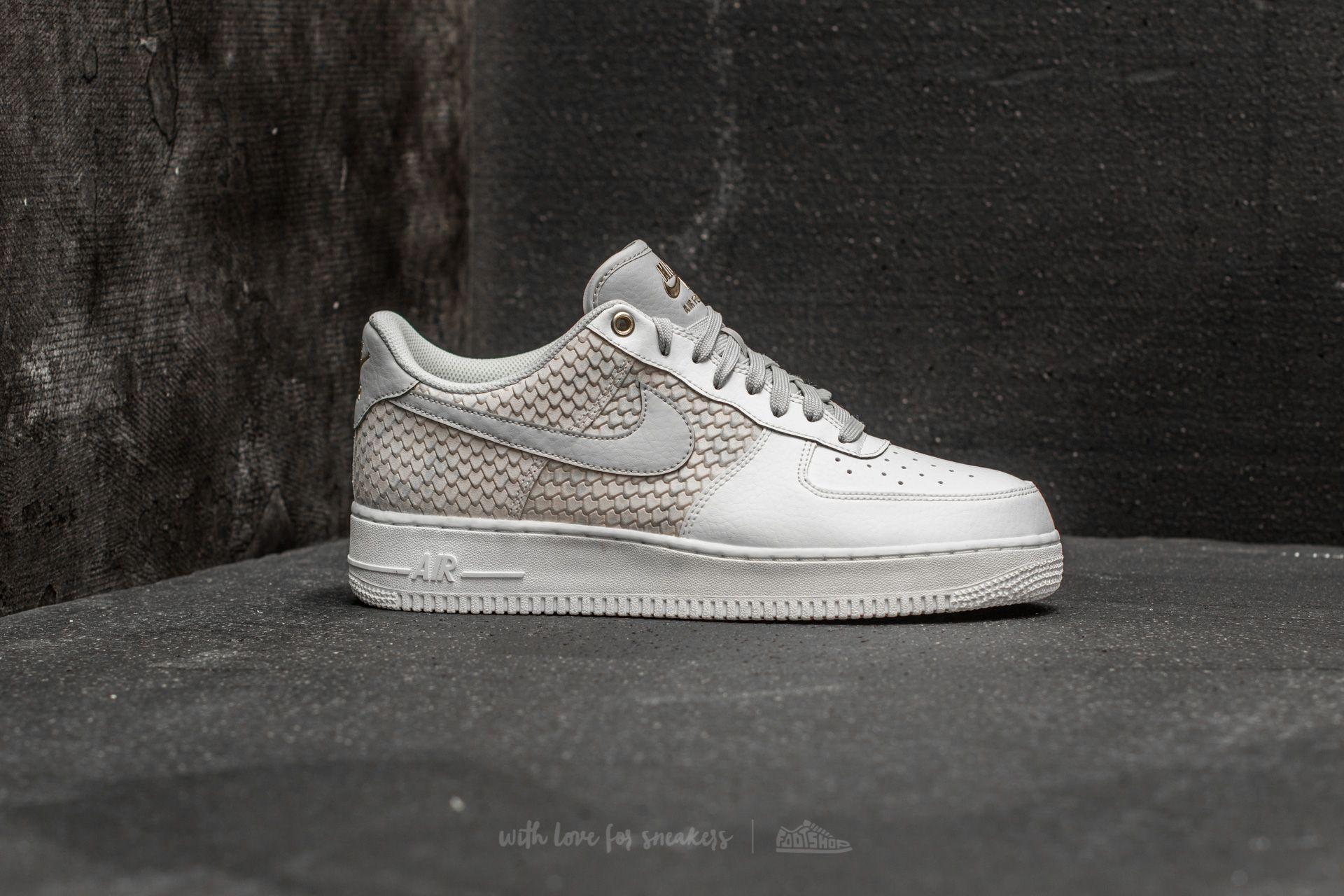 reputable site 0e9d9 edff1 Gallery. Previously sold at  Footshop · Women s Nike Air Force