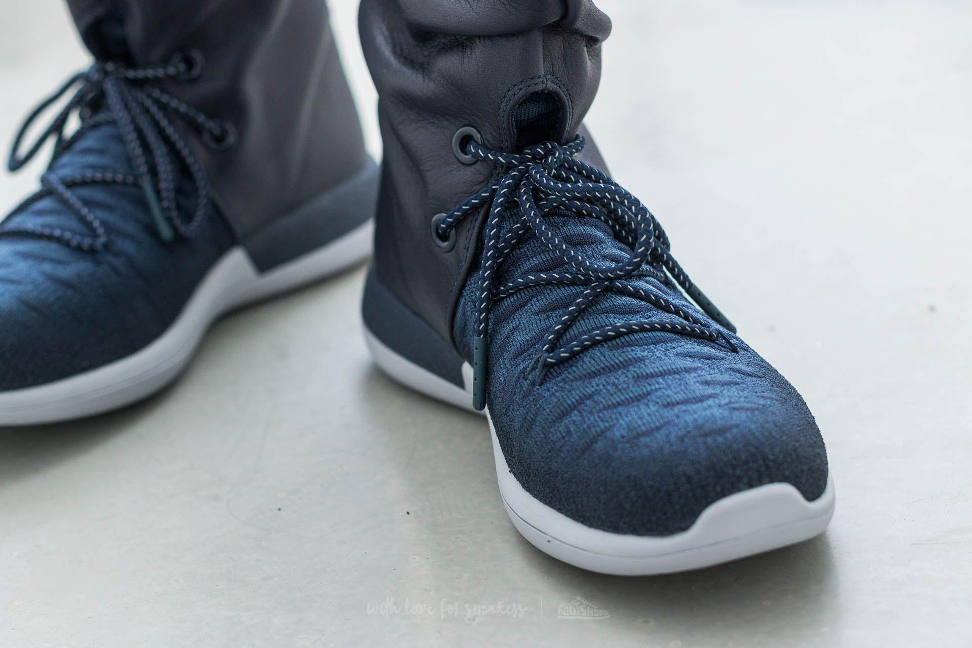 promo code 47b43 0b128 Lyst - Nike W Roshe Two Hi Flyknit College Navy  College Navy in ...
