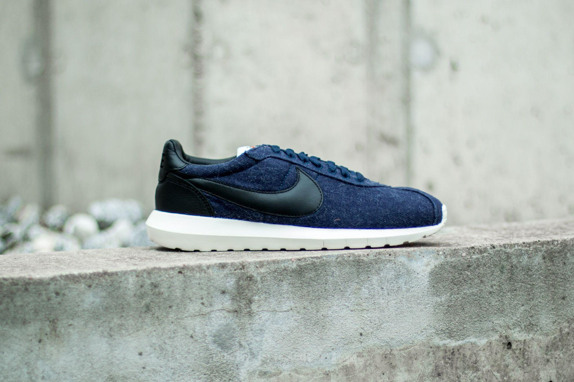 finest selection 0830b d15d1 Gallery. Previously sold at  Footshop · Men s Nike Roshe ...