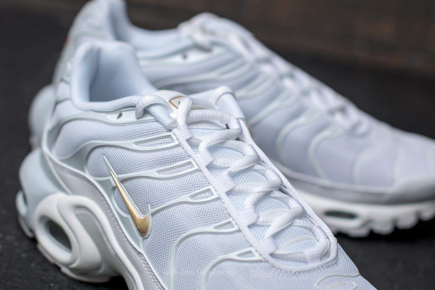8c2a02fa3ce7 ... cheapest lyst nike air max plus pure platinum metallic gold in metallic  5634a f3fc6