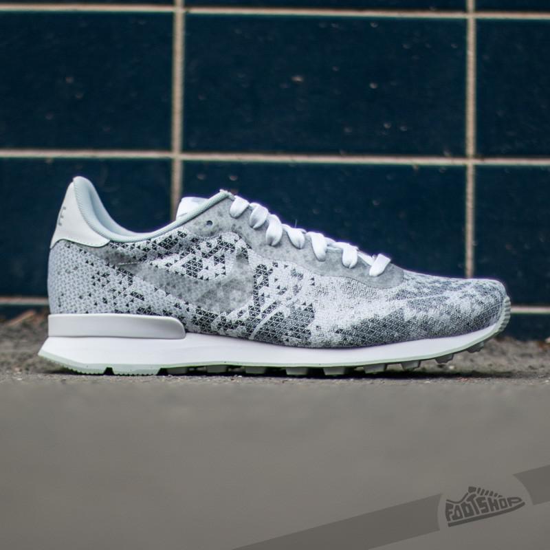 new arrival f8ce4 03275 Lyst - Nike Internationalist Jcrd Qs White  Metalic Platinum-pure ...