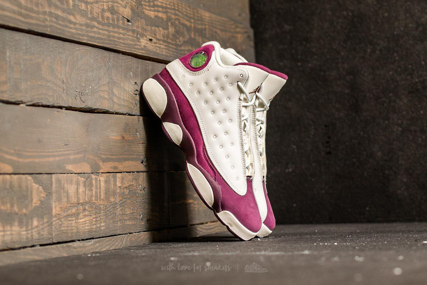 1b84b581673 nike--Air-Retro-13-Gg-Sail-Metallic-Red-Bronze-bordeaux.jpeg