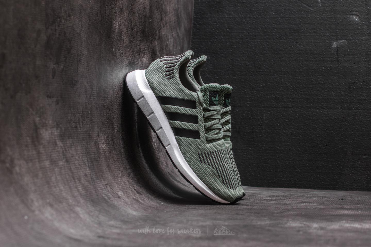 Lyst - adidas Originals Adidas Swift Run J Trace Green  Core Black ... 45888ed12b