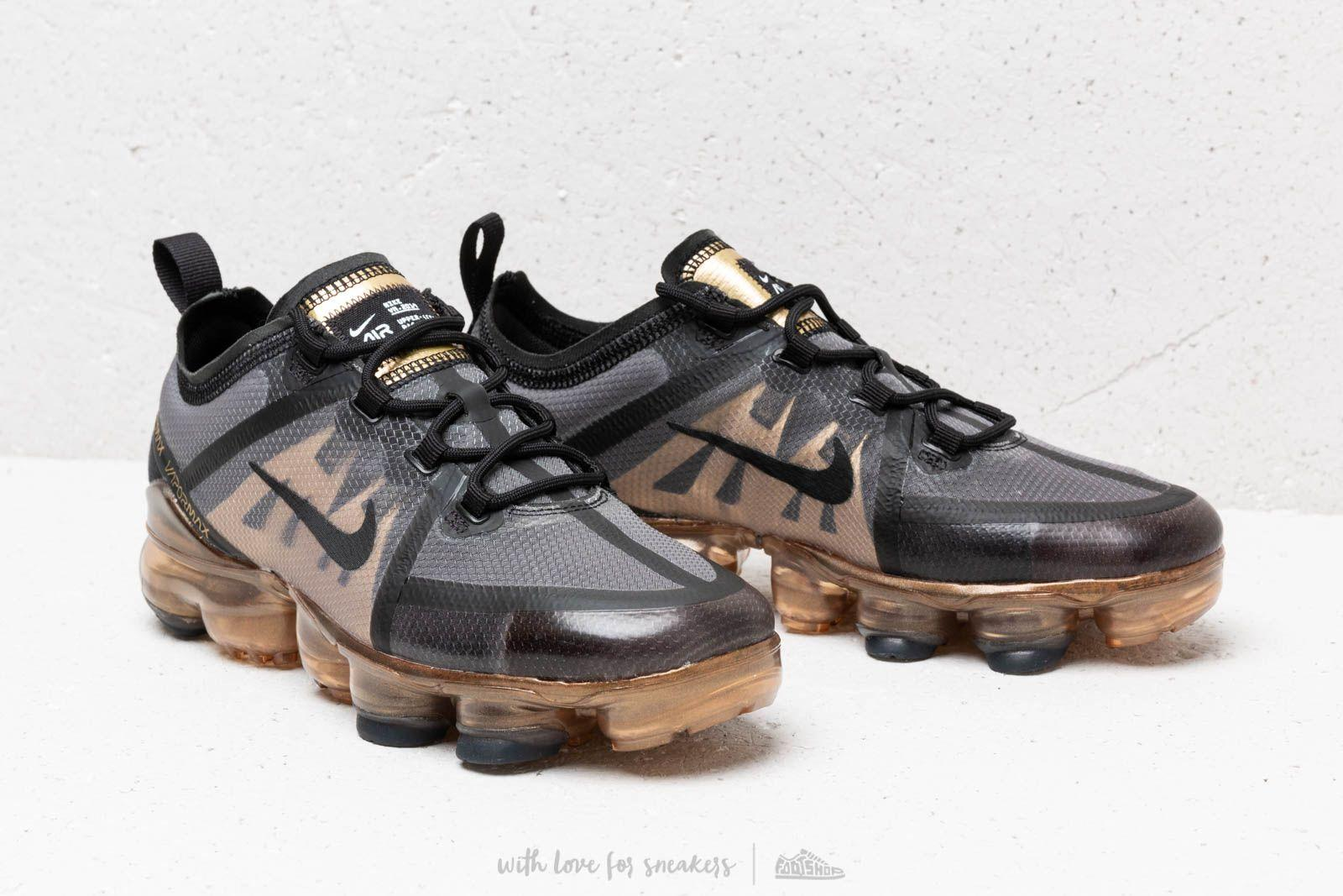 f579ec946d15 Lyst - Nike Air Vapormax 2019 (gs) Black  Black-metallic Gold in ...