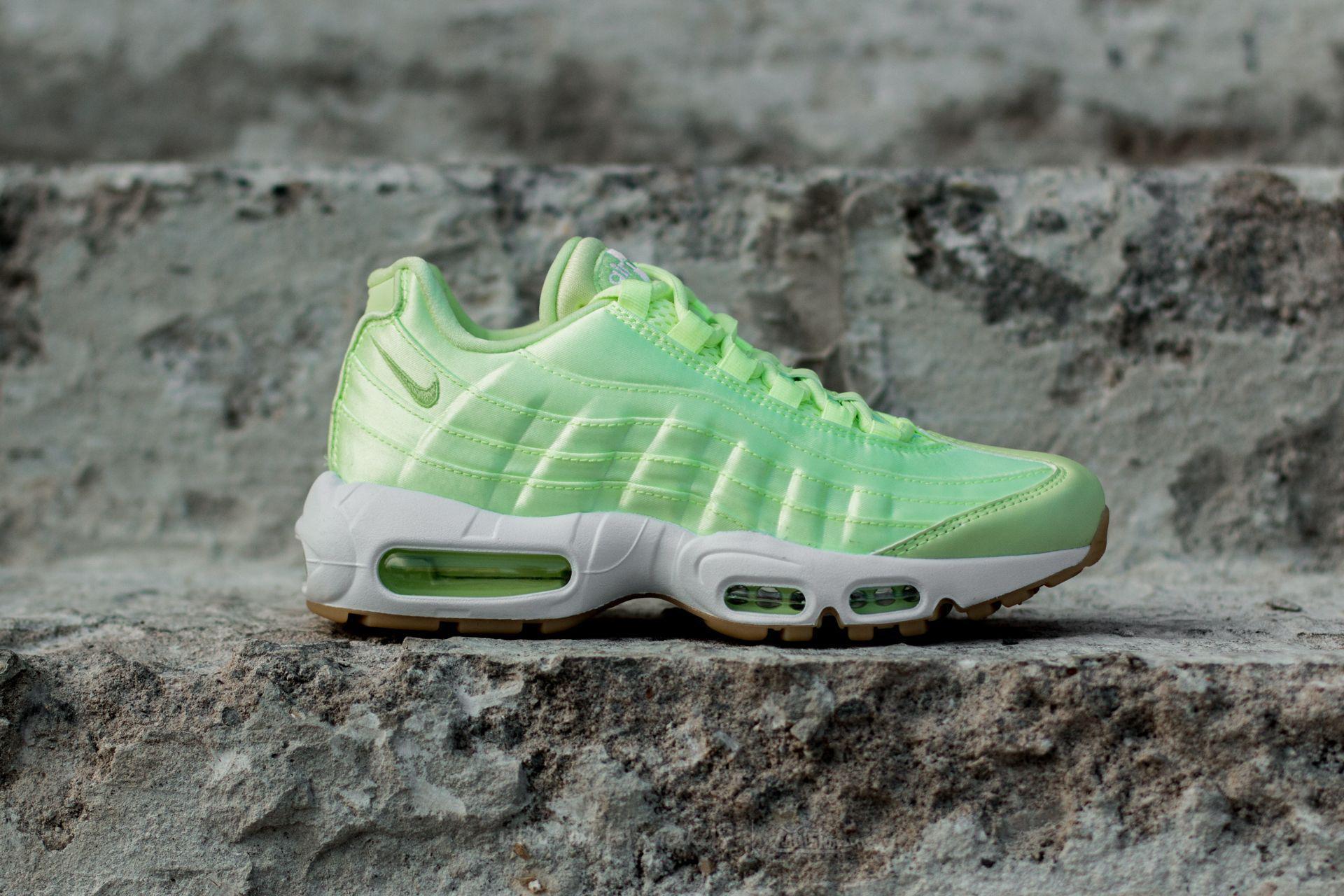 9a97662a1a Nike Wmns Air Max 95 Wqs Ligth Liquid Lime/ Ligth Liquid Lime in ...