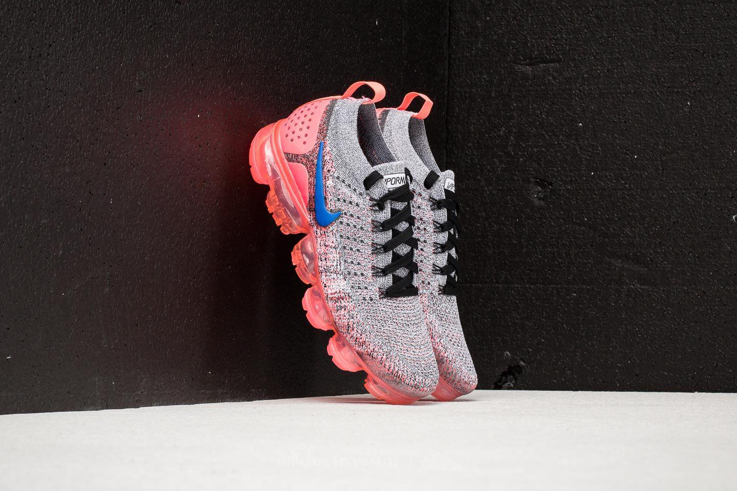 new style 0abbc fc5be Gallery. Previously sold at  Footshop · Women s Nike Flyknit