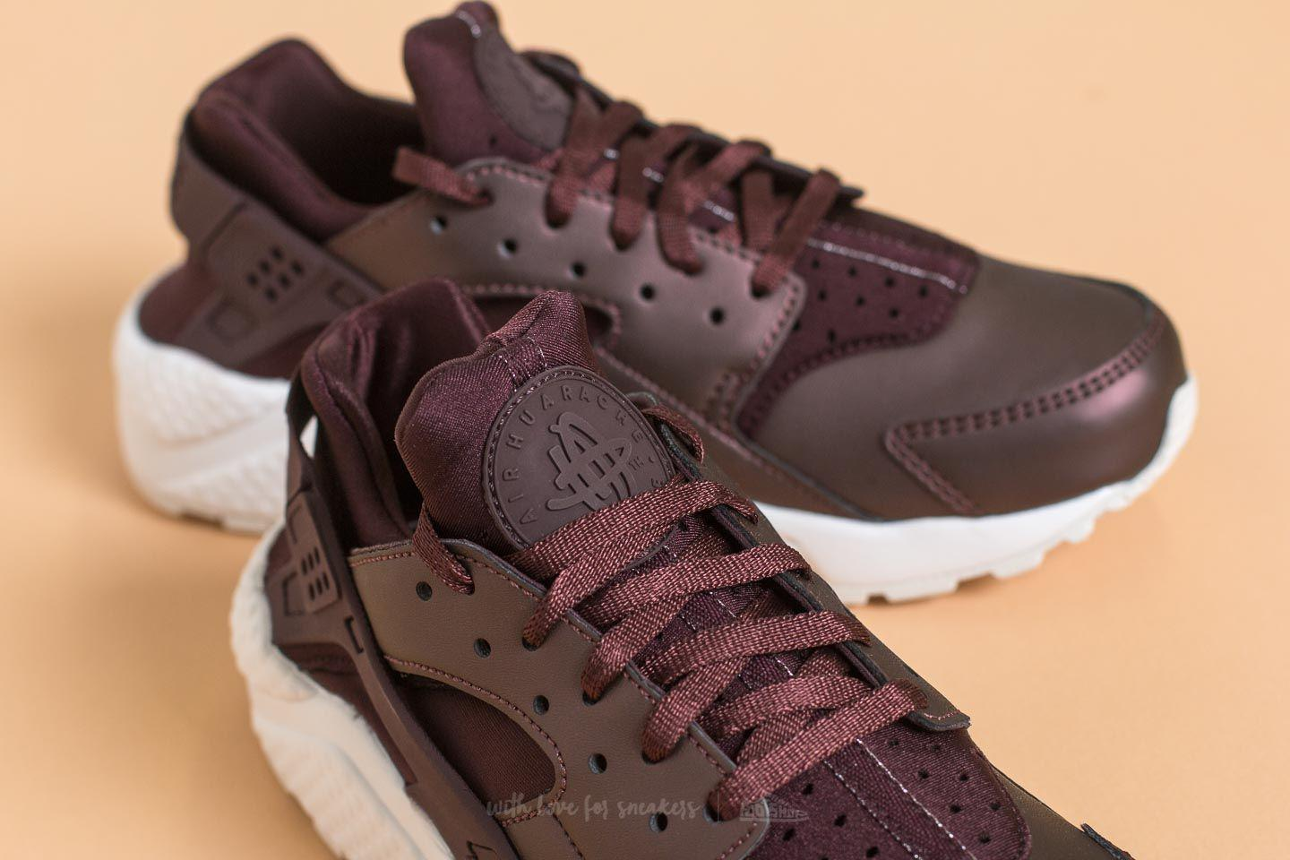 07190e81d10 Gallery. Previously sold at  Footshop · Women s Nike Air Huarache ...