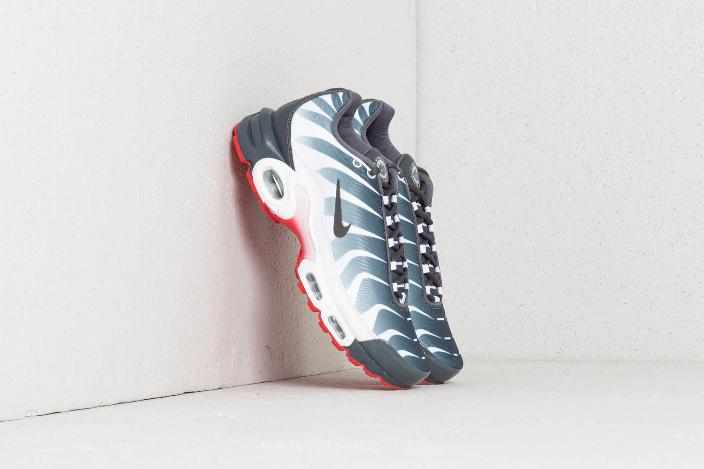 e4ebe88938552f Lyst - Nike Air Max Plus Tn Se White  Dark Grey-speed Red for Men