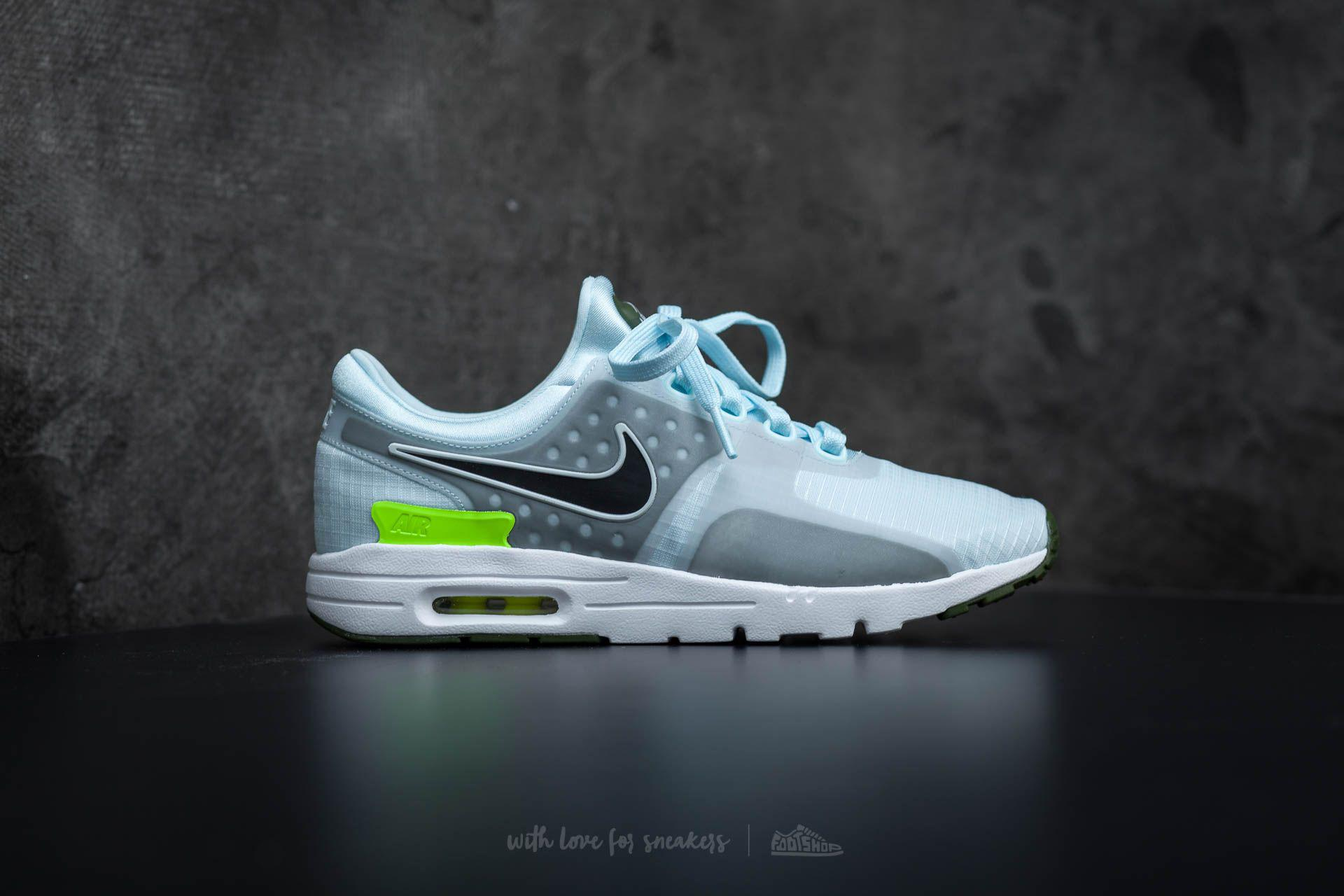 0a2ecf345162 Gallery. Previously sold at  Footshop · Women s Nike Air Max ...