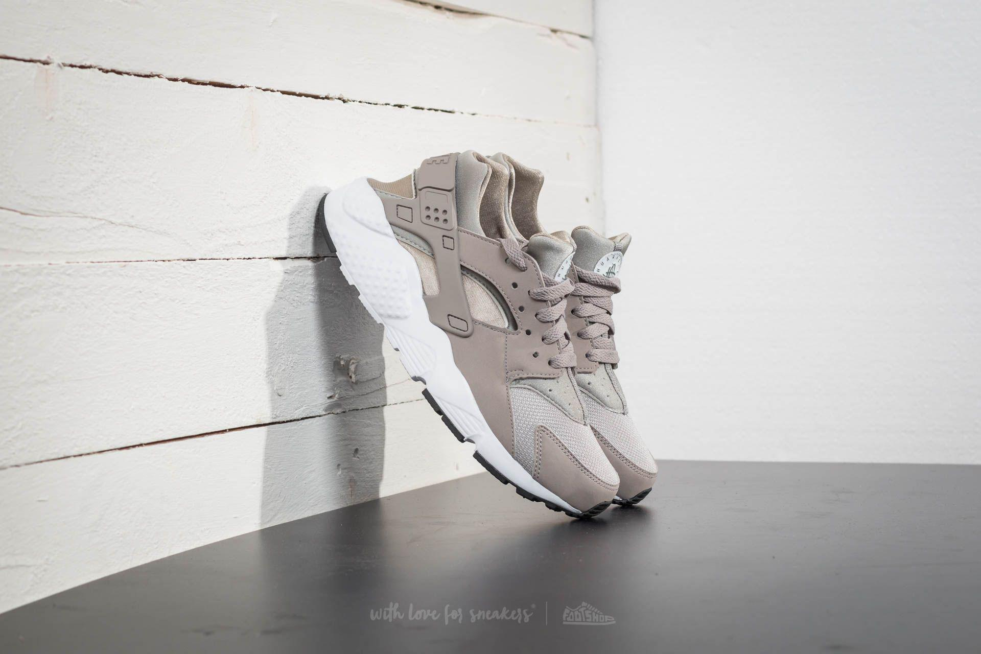 49d996887755 Lyst - Nike Huarache Run (gs) Cobblestone  Cobblestone-white for Men