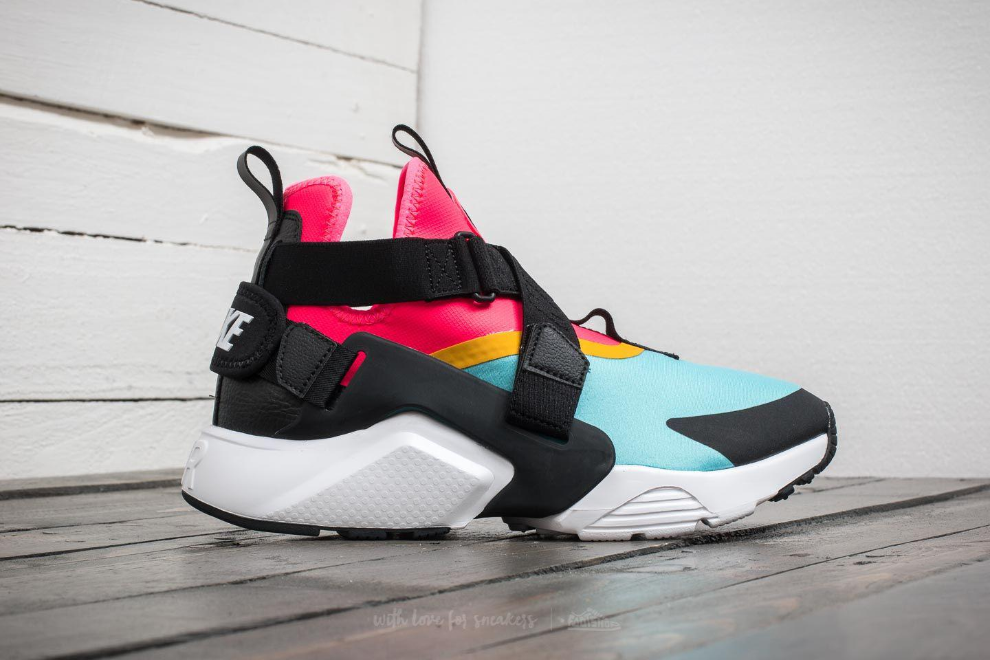 8a012821f27de Gallery. Previously sold at  Footshop · Women s Nike Air Huarache