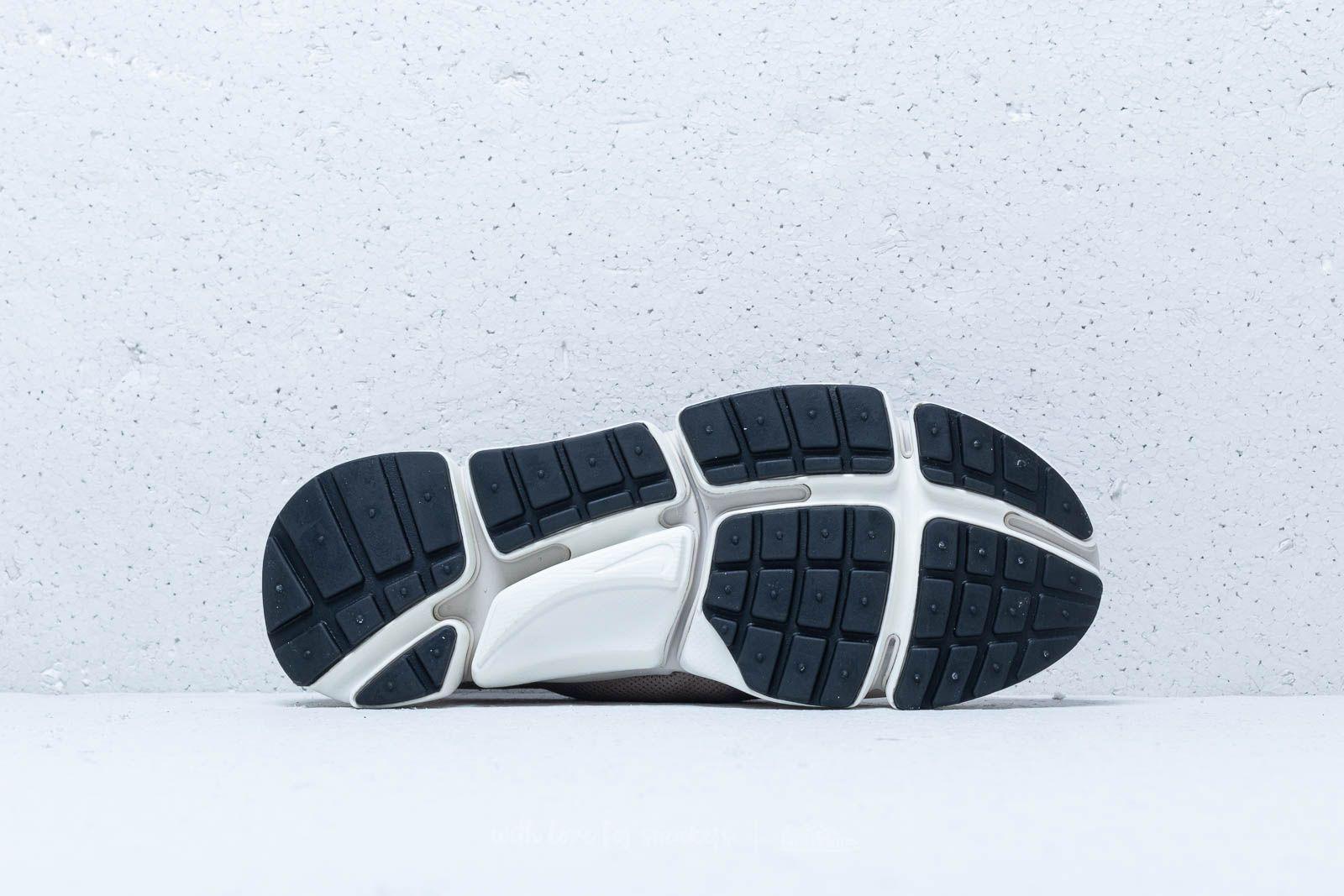 a0bb9404dcf Nike - Pocket Fly Dm Desert Sand  White-sepia Stone for Men - Lyst. View  fullscreen