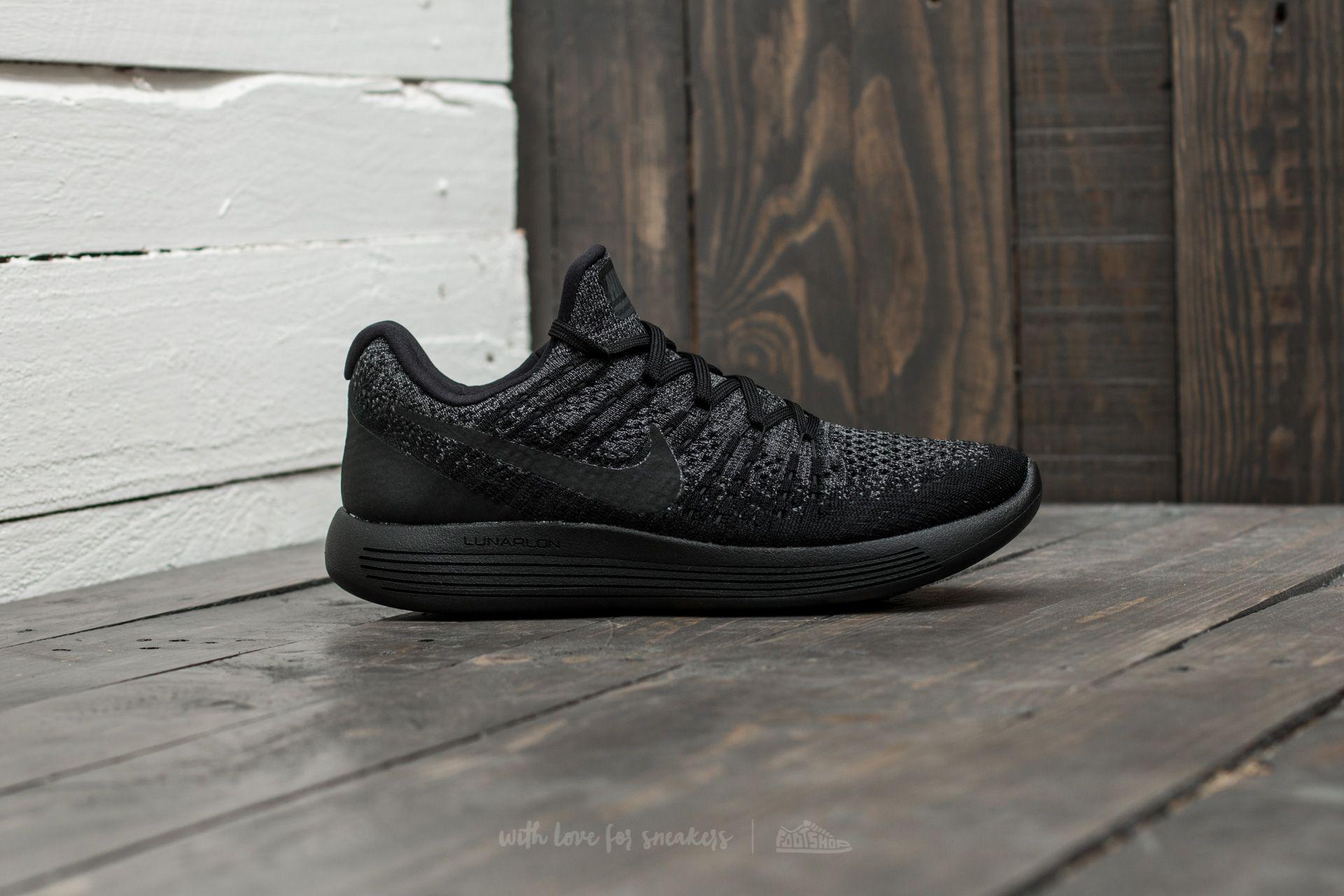 c14ba875a75 Lyst - Nike Lunarepic Low Flyknit 2 W Black  Black-dark Grey in Black