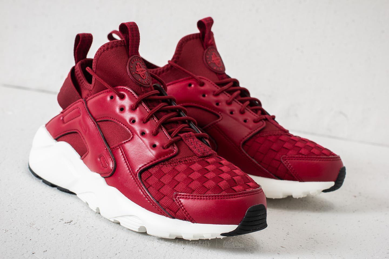 207352c7dcf0 Nike SportswearAIR HUARACHE RUN ULTRA - Trainers - team red gym red sail
