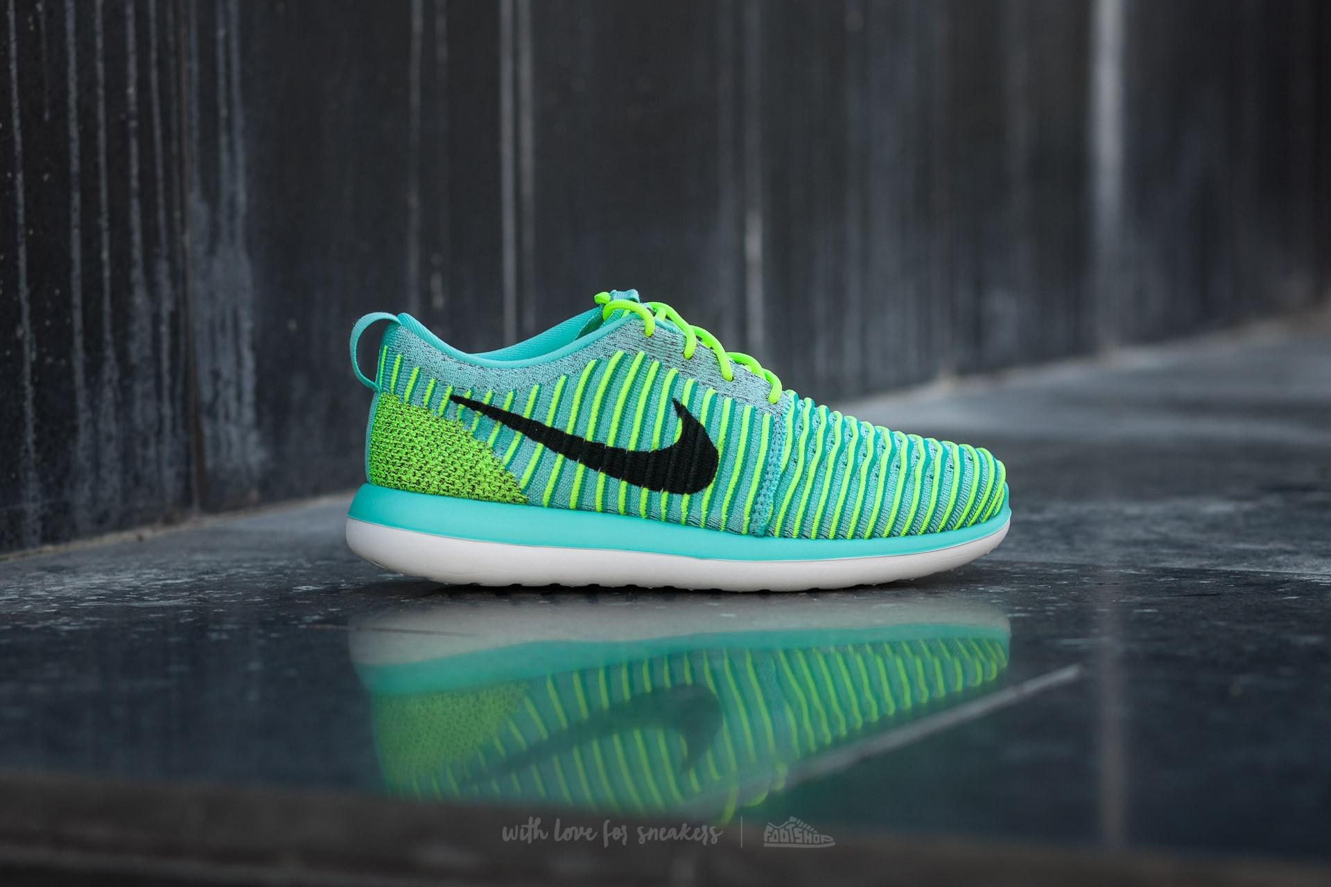 cheap for discount af04a 66502 Lyst - Nike Roshe Two Flyknit (gs) Hyper Turquoise  Black-volt-clear ...