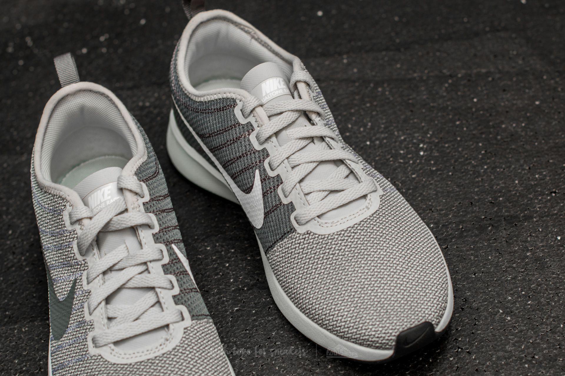 super popular edfa9 9fc65 Nike W Dualtone Racer Light Bone/ White-dark Grey in Gray - Lyst