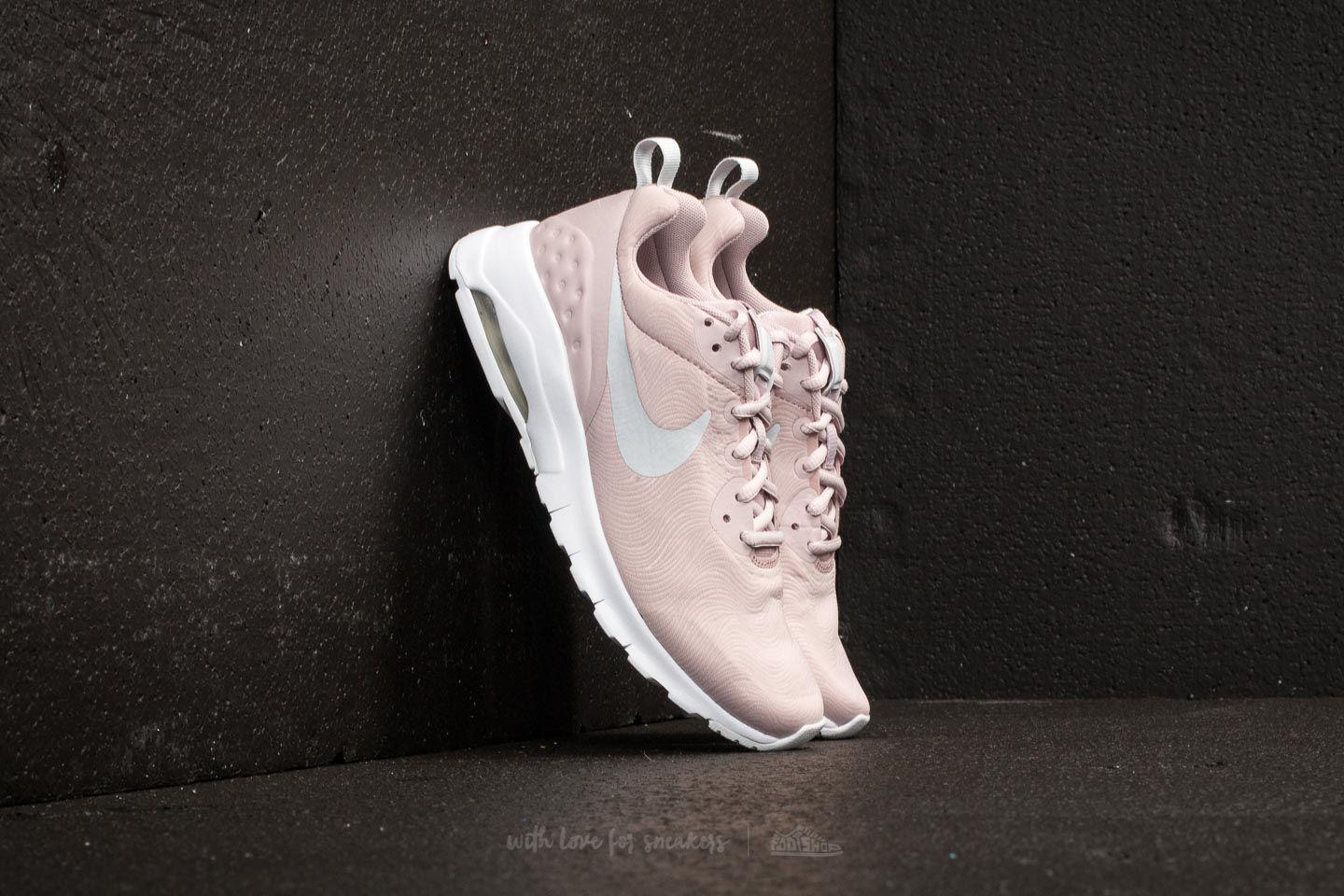 ac2ab305e7 Nike Wmns Air Max Motion Lw Se Particle Rose/ Pure Platinum - Lyst